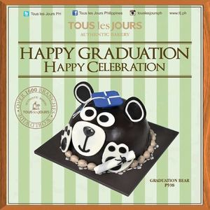 celebration-your-graduation-day-with-a-graduation-bear-cake-for-p598-at-tous-les-jours60937-60937