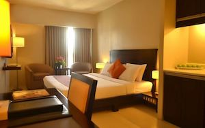 Relax In Our Warm Cozy Deluxe King Room At Millenia Suites Hotel Ortigas 74718