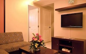 Relax In Our Warm Cozy Two Bedroom Executive Suite At Goldland Millenia Suites Hotel Ortigas 74722