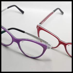 Try These Fashionable Gold Wood Eyewear From Sarabia Optical 88417