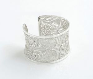 Dress Up A Pair Of Jeans Go From Day To Night With This Mutya Cuff Bracelet From Filigrenasia 88821