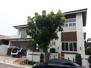 Own This 4 Bedroom House Lot With Lamudi Located In Alabang Muntinlupa 89201