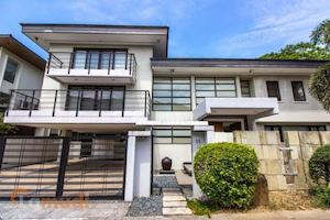 Rent This 4 Bedroom House With Lamudi Located In Ayala Heights Quezon City 90169
