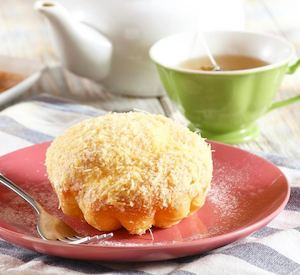 Bring Home Some Of The Freshly Baked Pastries Like The Queso De Bola Ensaymada At Early Bird 90716