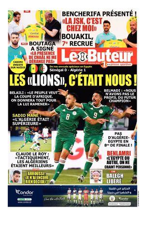 K/&A Sports Maillot Riyad Mahrez Equipe de Alg/érie 2 /Étoiles Ext/érieur 2019//2020 Homme